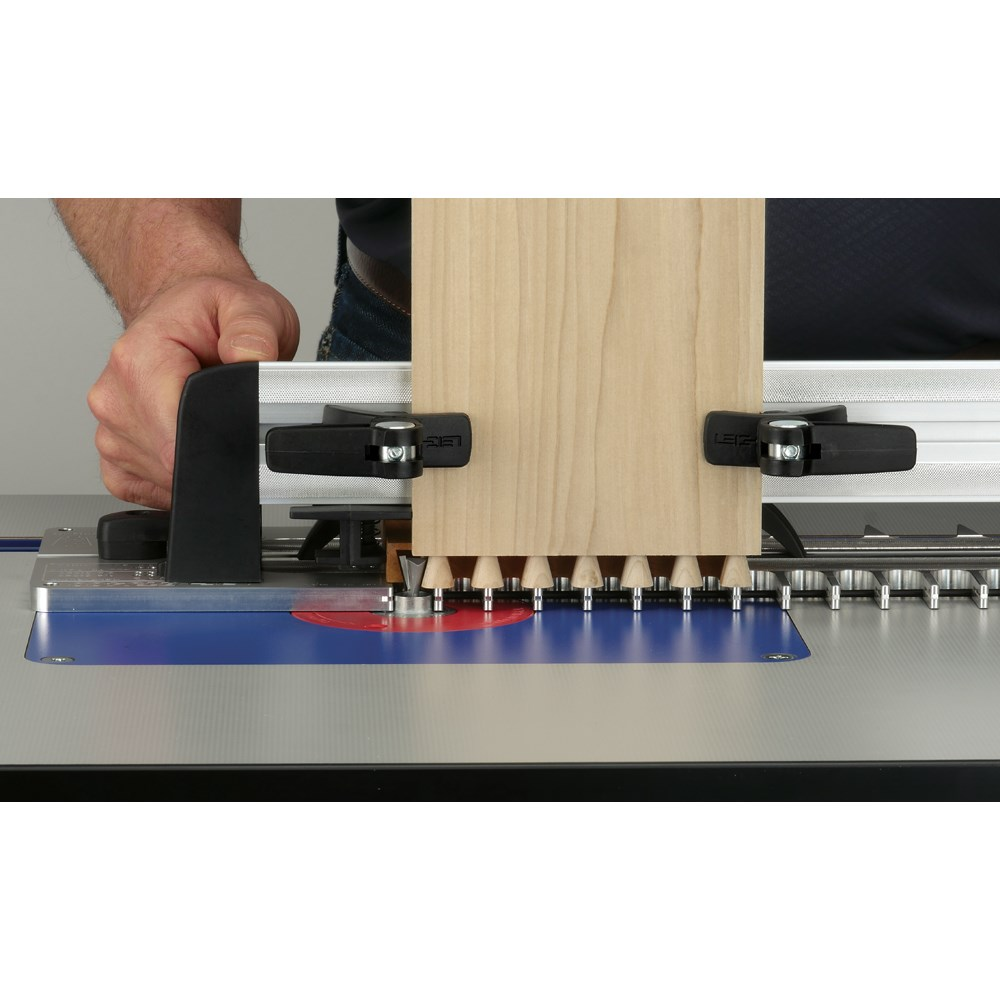 router table dovetail jig